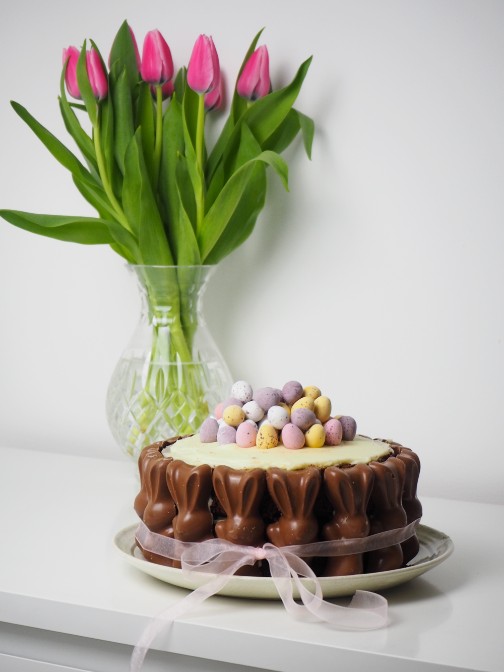 The ultimate Easter cake // LUCY-COLE