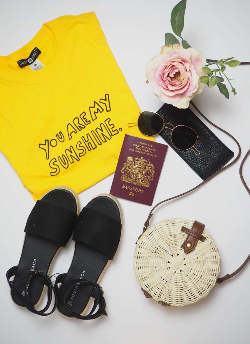 Tips for packing light this Summer