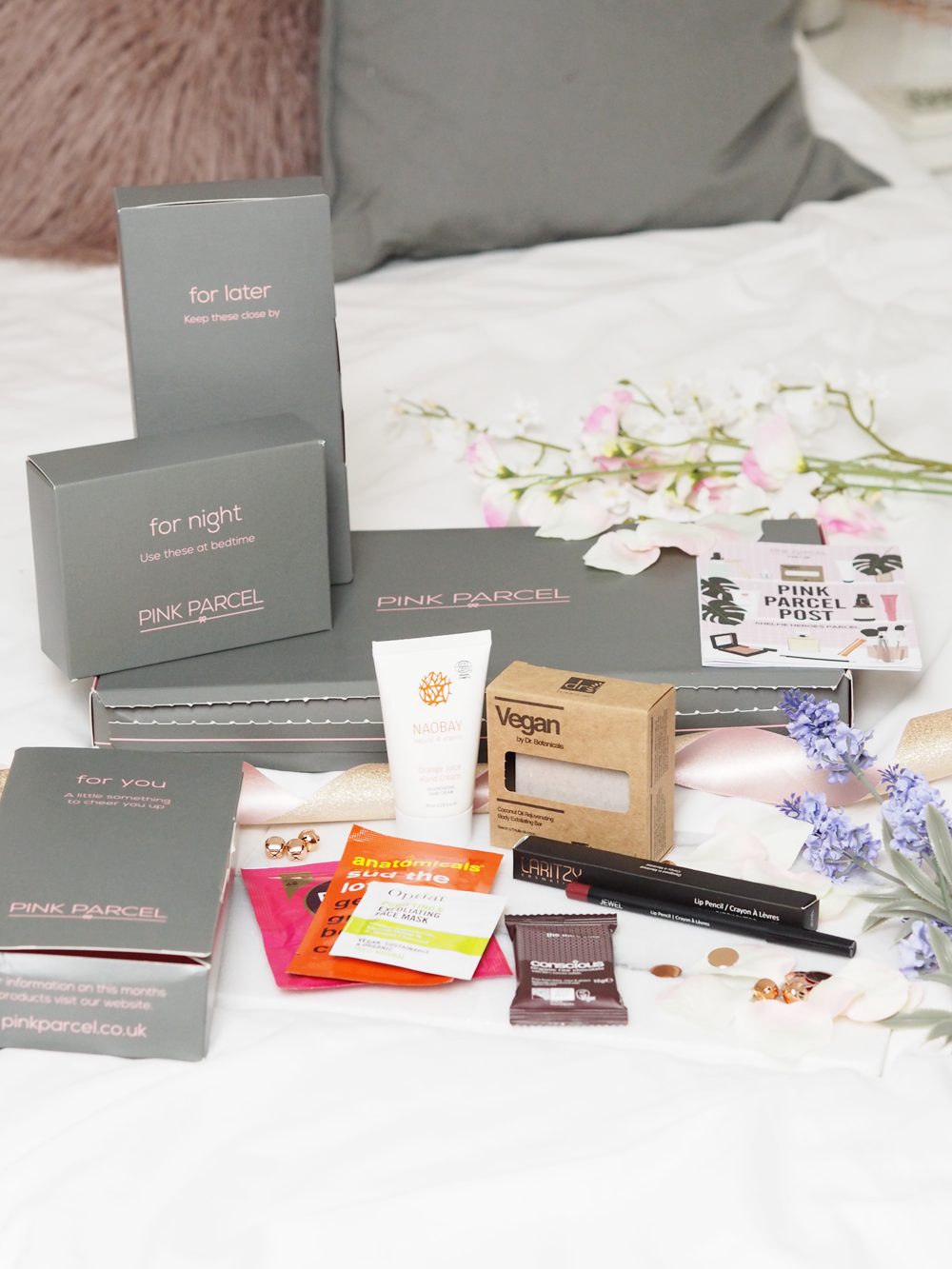 The Subscription box made for your TOTM // LUCY-COLE