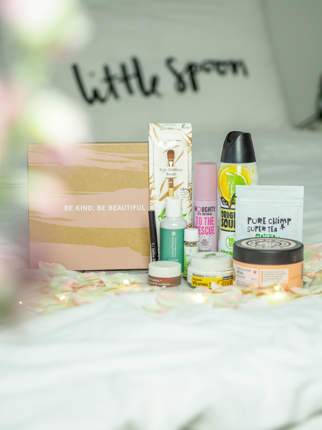 What's in the limited edition vegan Glossybox? // LUCY-COLE