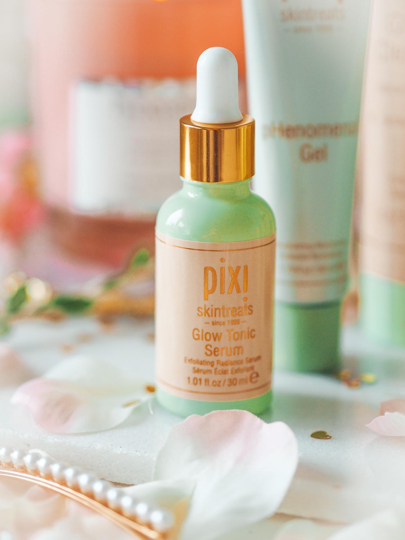 Product shot of the Pixi Glow Serum